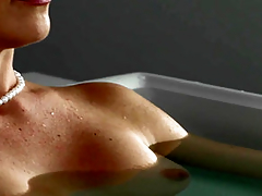 Dabbler light-complexioned MILF gives marvellous blowjob